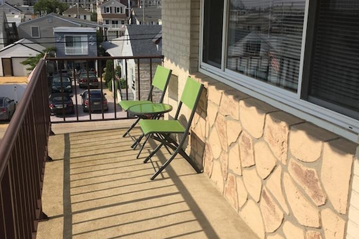 Pet Friendly Tinton Falls Airbnb Rentals