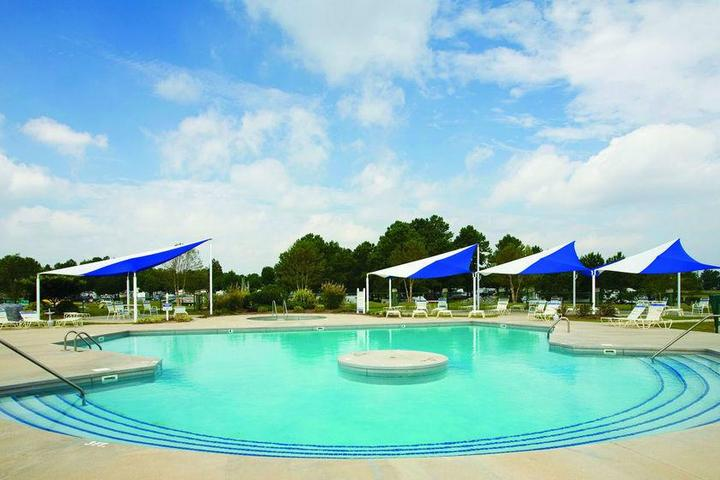 Pet Friendly Twin Lakes RV & Camping Resort