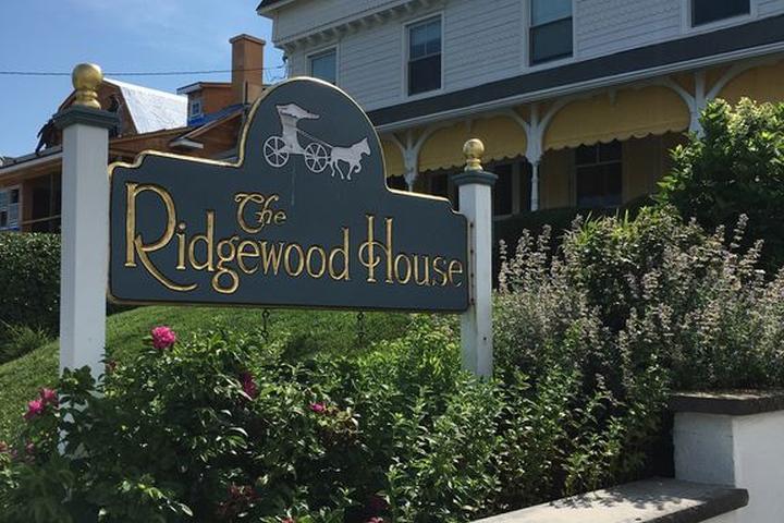 Pet Friendly Ridgewood House Royal Suite