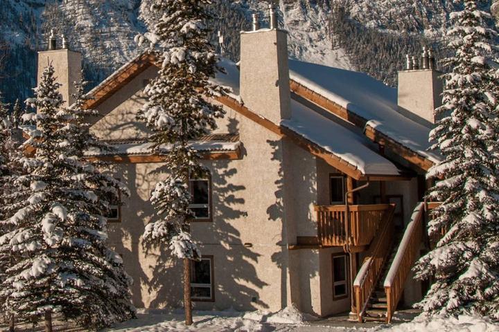 Pet Friendly Johnston Canyon Airbnb Rentals