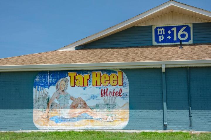 Pet Friendly Tar Heel Motel
