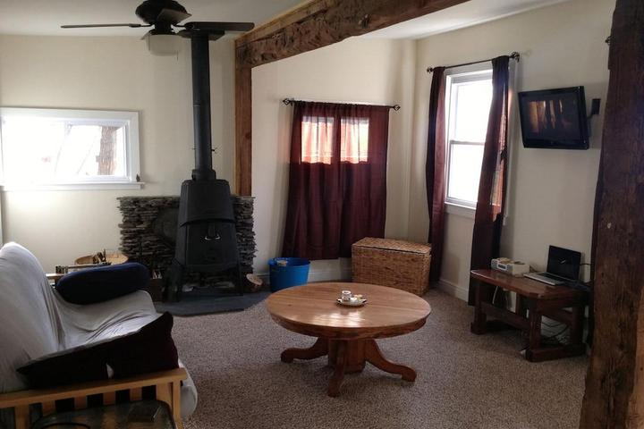 Pet Friendly Clean & Cozy Cabin