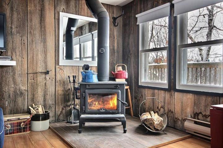 Pet Friendly Saint Elie de Caxton Airbnb Rentals