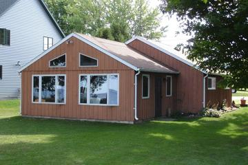 Pet Friendly Vacation Rentals In Marshfield Wi Bringfido It is the core city of the wausau metropolitan statistical area (msa), which includes all of. pet friendly vacation rentals in