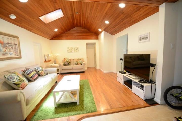 Pet Friendly Holbrook Airbnb Rentals
