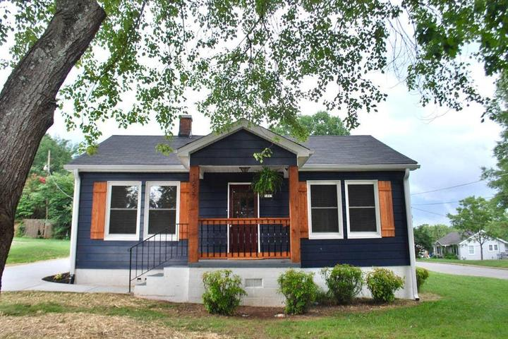 Pet Friendly Catawba Airbnb Rentals