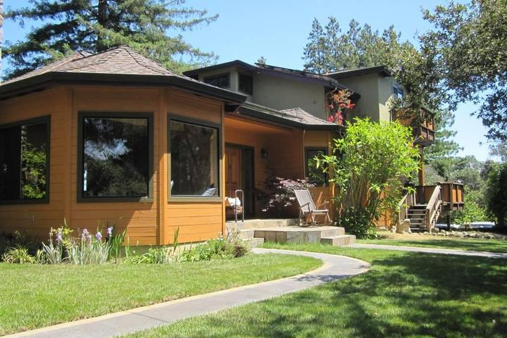Pet Friendly San Martin Airbnb Rentals