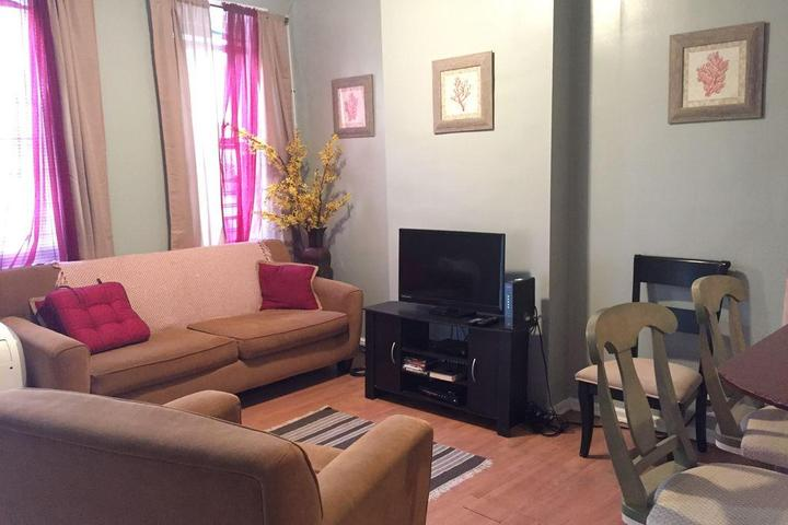 Pet Friendly Temple Univ Home Off Campus Mins from Center City