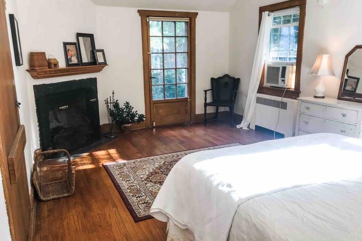 Pet Friendly Far Hills Airbnb Rentals