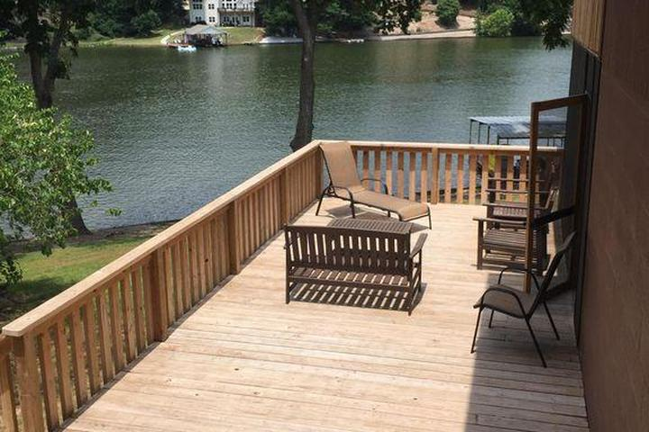 Pet Friendly Kindra's Lake House
