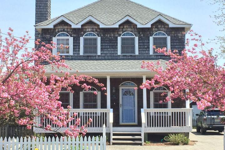 Pet Friendly Luxurious Home in Bay Head