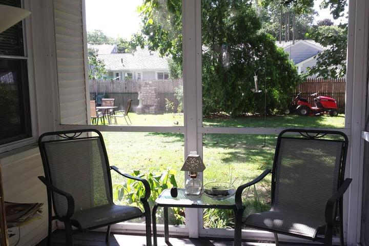 Pet Friendly East Providence Airbnb Rentals