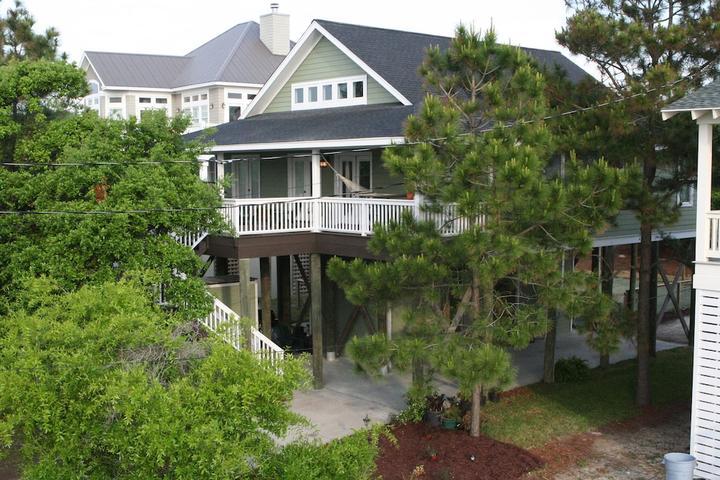 Pet Friendly Family Beach House with Yard & Sun Deck