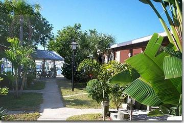 Pet Friendly Changing Tides Cottages of Madeira Beach