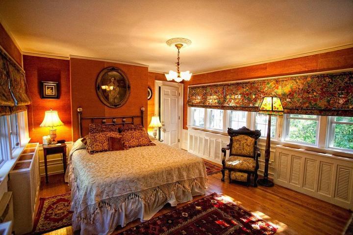 Pet Friendly Melange Bed and Breakfast