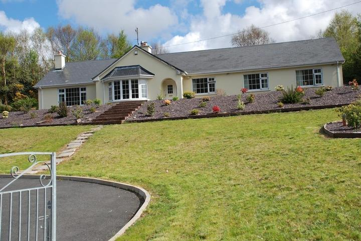 Pet Friendly Family Home on the Ring of Kerry