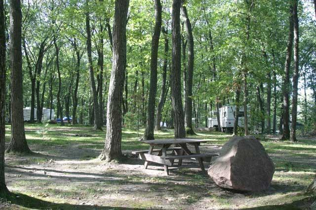 Kilby lake campground pet policy for Log cabin resort montello wi