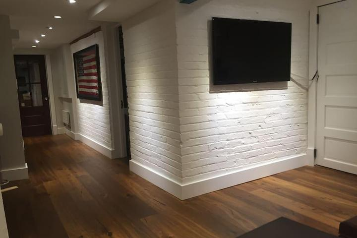 Pet Friendly Annandale Airbnb Rentals