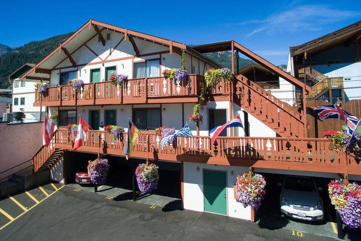 Pet Friendly Obertal Inn