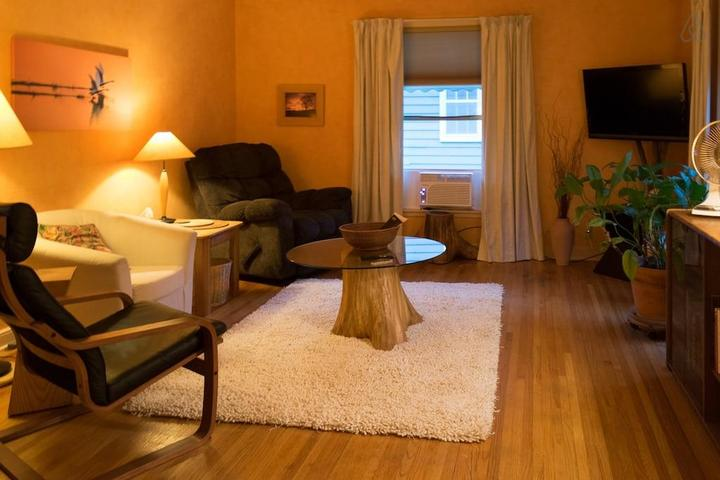 Pet Friendly Robbinsdale Airbnb Rentals