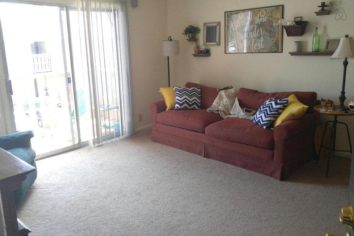Pet Friendly Frankfort Airbnb Rentals