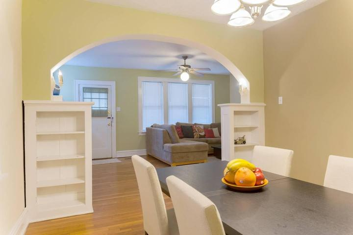 Brilliant Pet Friendly Vacation Rentals In Saint Louis Mo Bring Fido Home Remodeling Inspirations Genioncuboardxyz