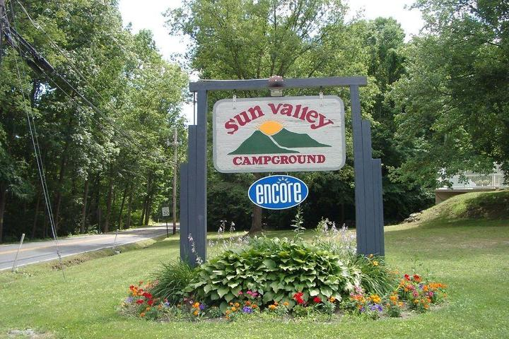 Pet Friendly Sun Valley Camping and RV Resort