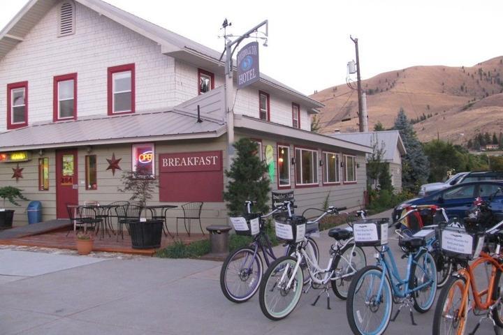 Pet Friendly Riverwalk Inn