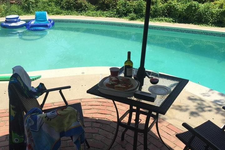 Pet Friendly Landover Hills Airbnb Rentals