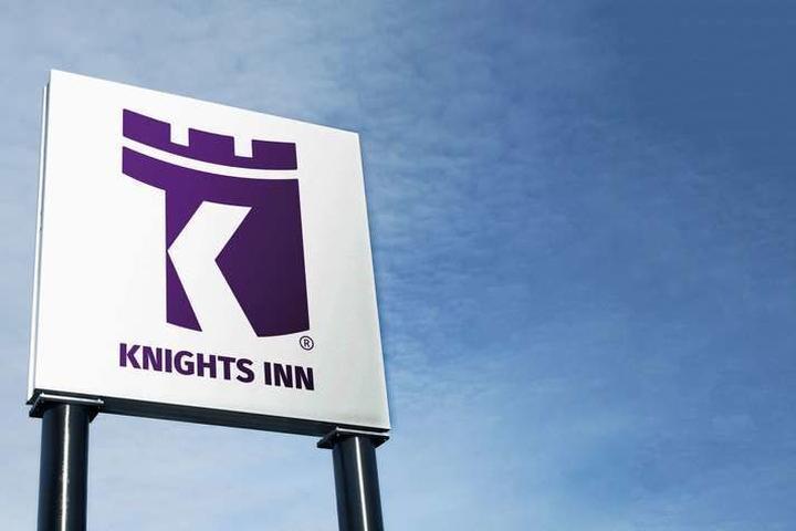 Pet Friendly Knights Inn Harrisonville