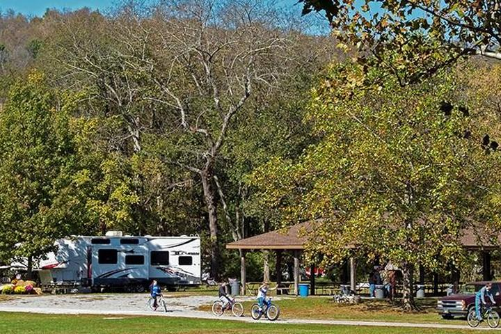 Pet Friendly Fort Boonesborough State Park Campground