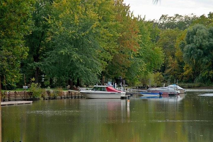 Pet Friendly Huron River Valley Resort Marina and Campground