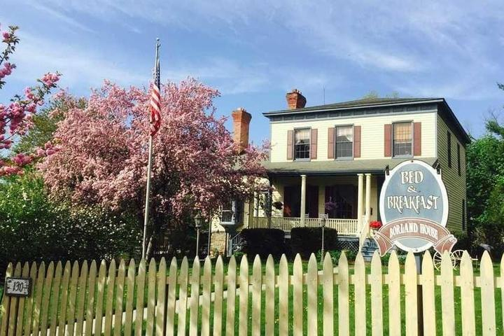 Pet Friendly Borland House Inn