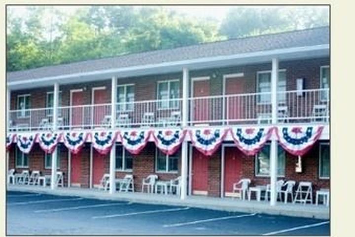 Pet Friendly Creekwood Motel
