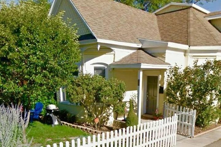 Pet Friendly South Salt Lake Airbnb Rentals