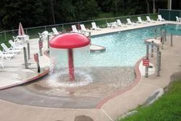 Pet Friendly Encore - Outdoor World - Timothy Lake North RV Resort