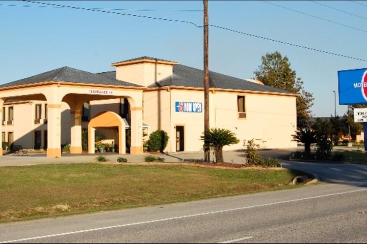 Pet Friendly Motel 6 Abbeville
