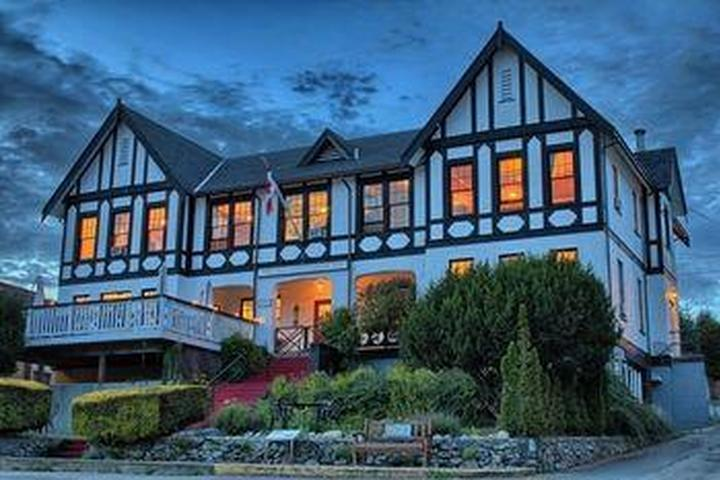 Pet Friendly The Old Courthouse Inn