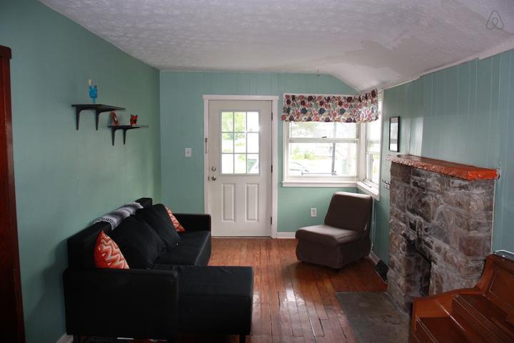 Pet Friendly Sunbury Airbnb Rentals