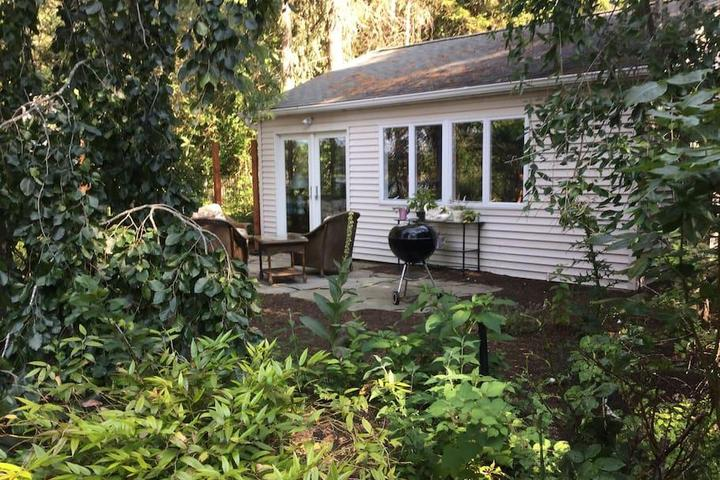 Pet Friendly Peconic Airbnb Rentals