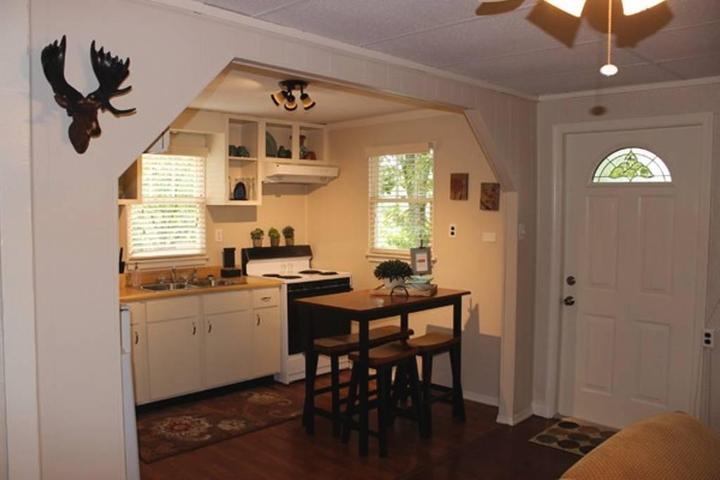 Pet Friendly Vacation Rentals In Shenandoah Va Bring Fido