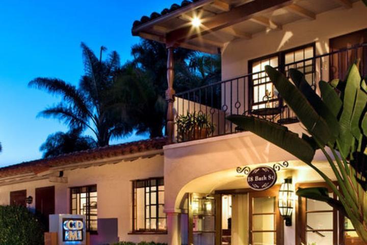 Pet Friendly Hotels in Santa Barbara, CA - Bring Fido