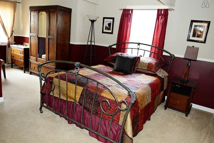 Pet Friendly Mount Vernon Airbnb Rentals