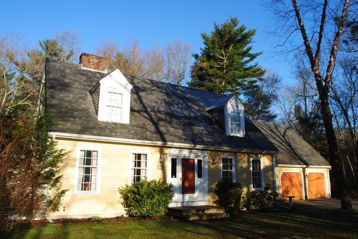 Pet Friendly North Dartmouth Airbnb Rentals