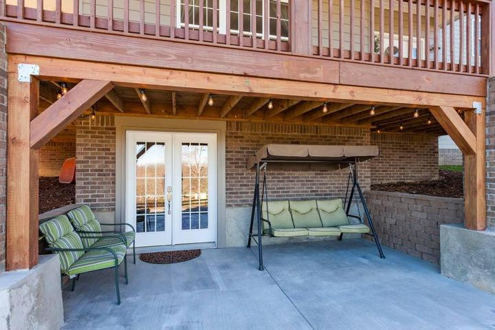 Pet Friendly Thompson's Station Airbnb Rentals