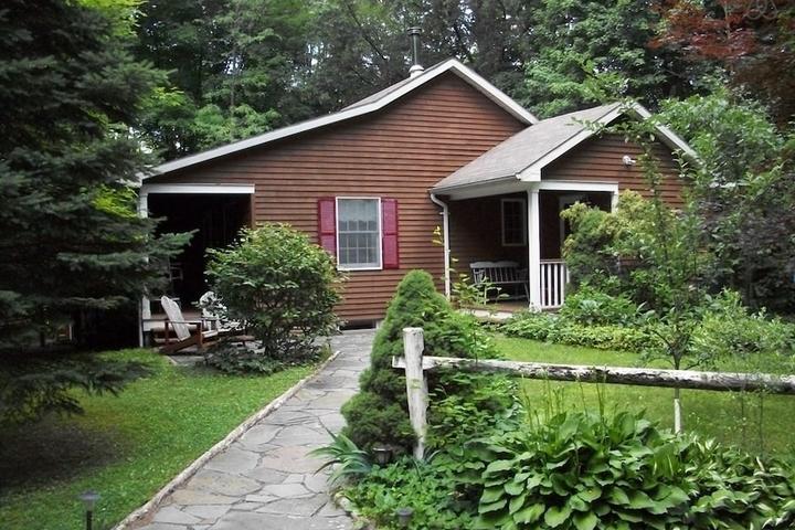 Pet Friendly Greenfield Park Airbnb Rentals