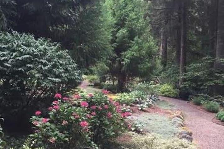 Pet Friendly Scappoose Airbnb Rentals