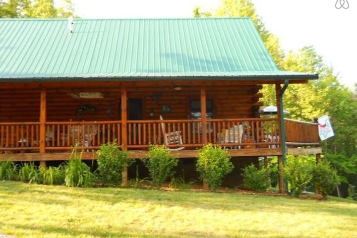 Pet Friendly Vacation Rentals in Boone Lake, TN - Bring Fido