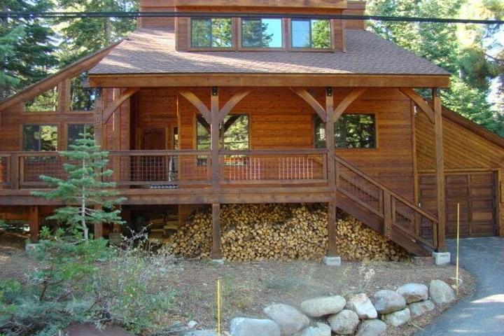 Pet Friendly Custom North Lake Tahoe Cabin