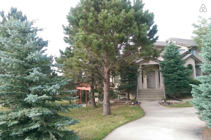 Pet Friendly Monument Airbnb Rentals